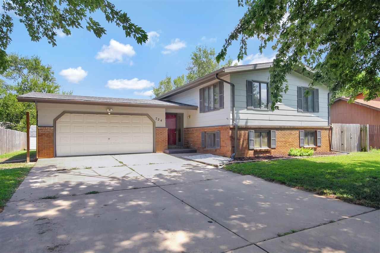 724 W Mona St, Wichita, KS 67217