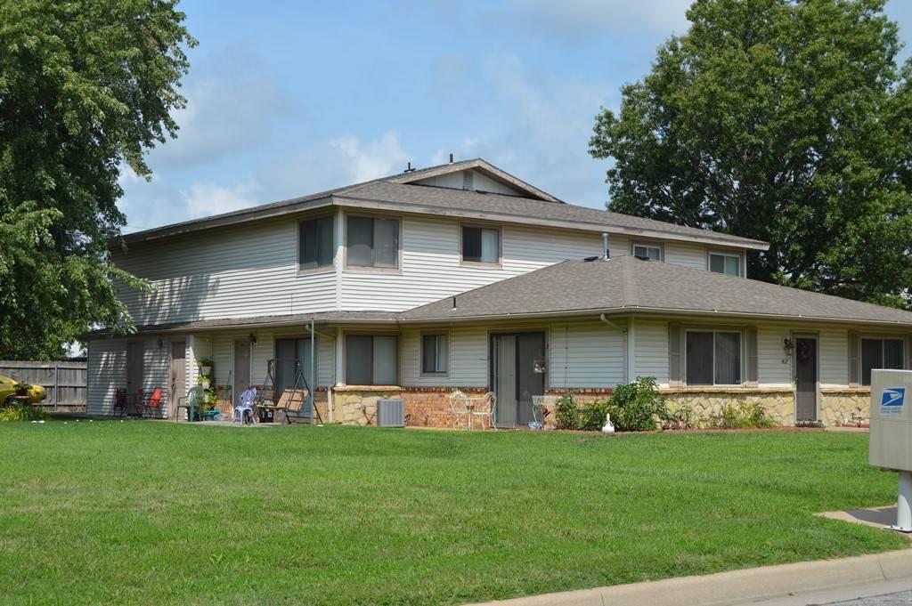 447 S Paula Ave, Wichita, KS 67209