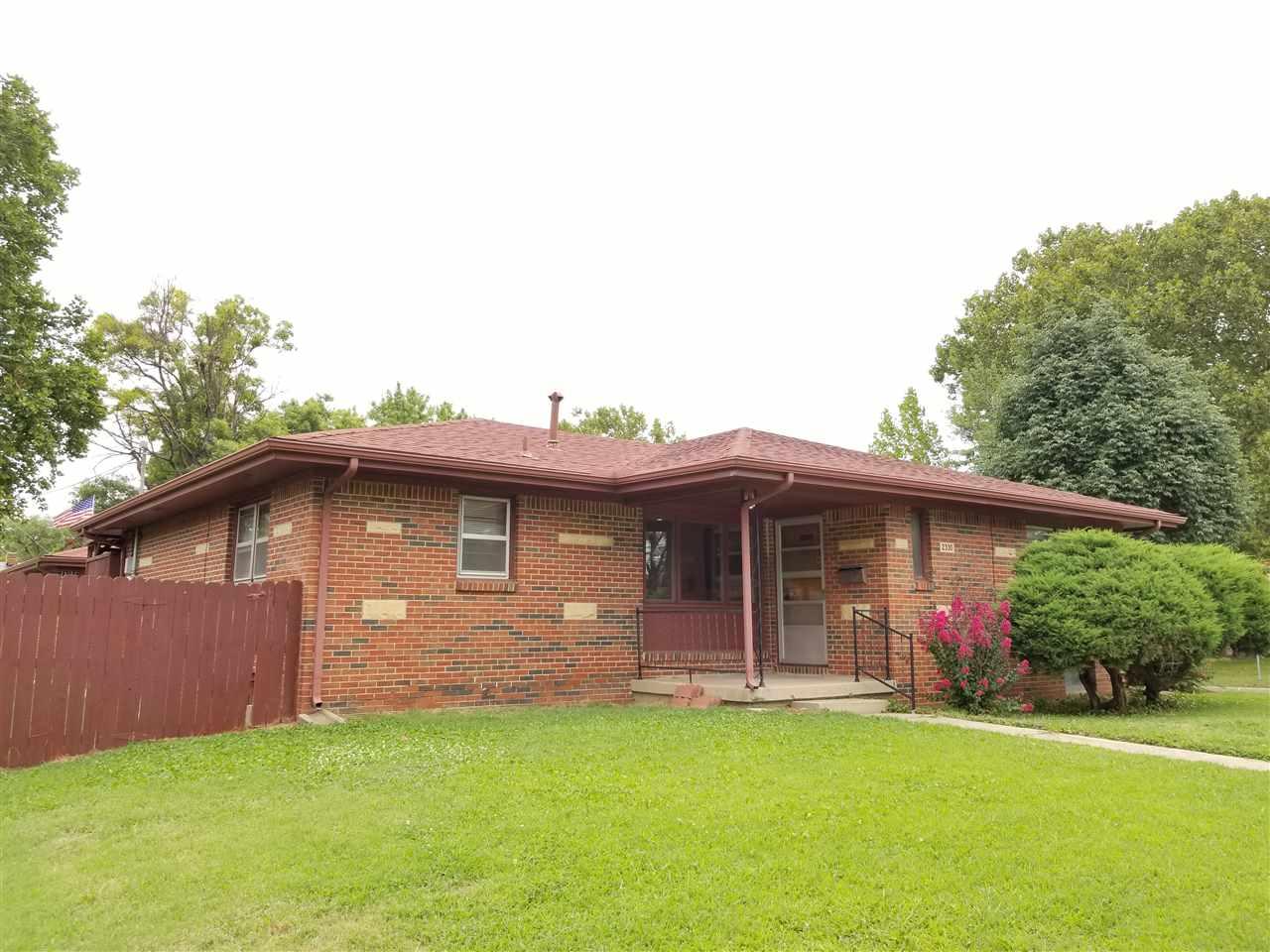 2330 E Blake St, Wichita, KS 67211