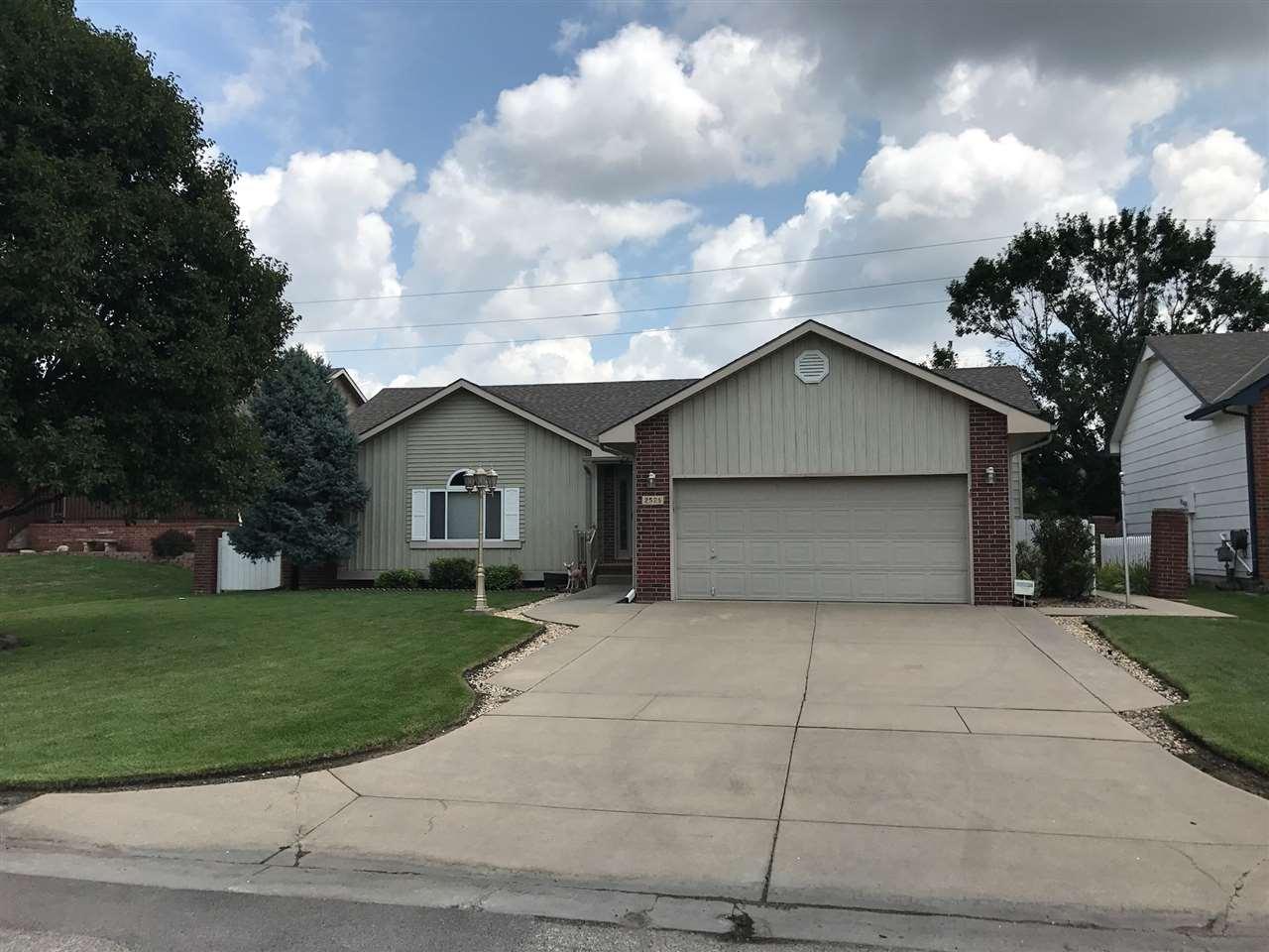 2526 N Baytree St, Wichita, KS 67205