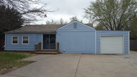 2741 E Pawnee Ave, Wichita, KS 67211
