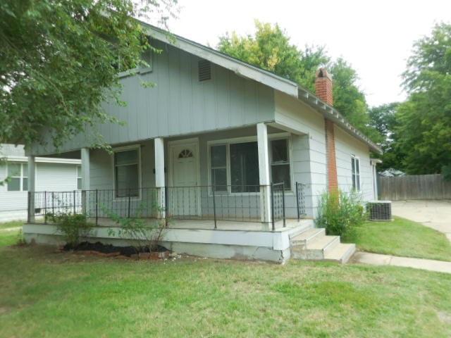146 N Meridian Ave, Wichita, KS 67203