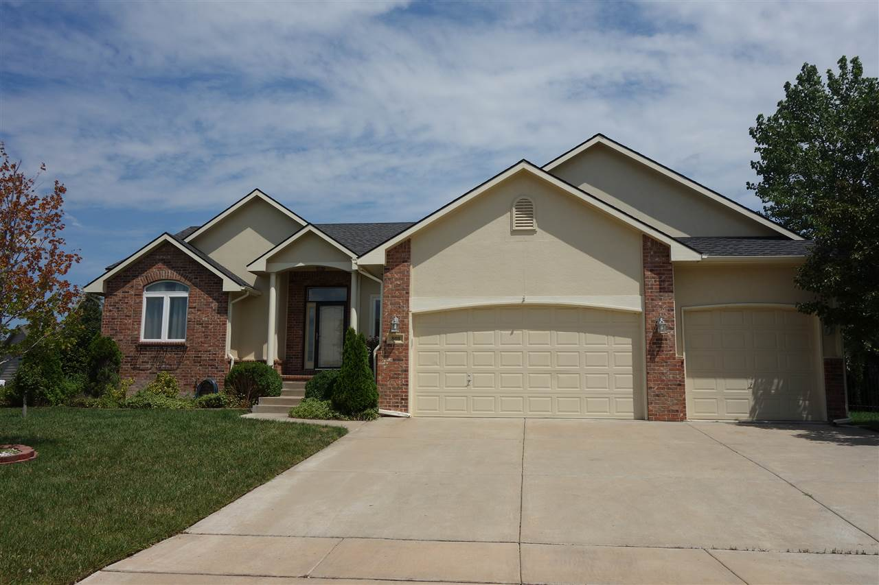808 W PUTTER CT, Andover, KS 67002