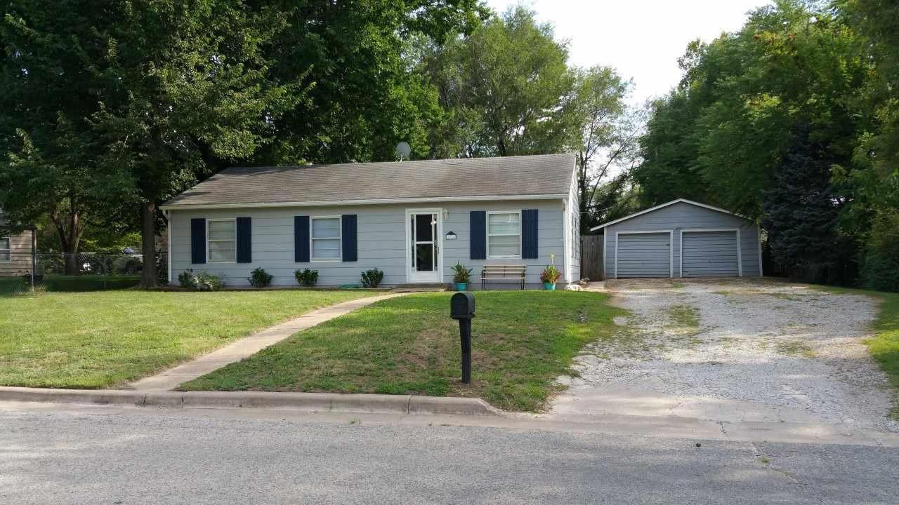 1335 E Charleston, Park City, KS 67219