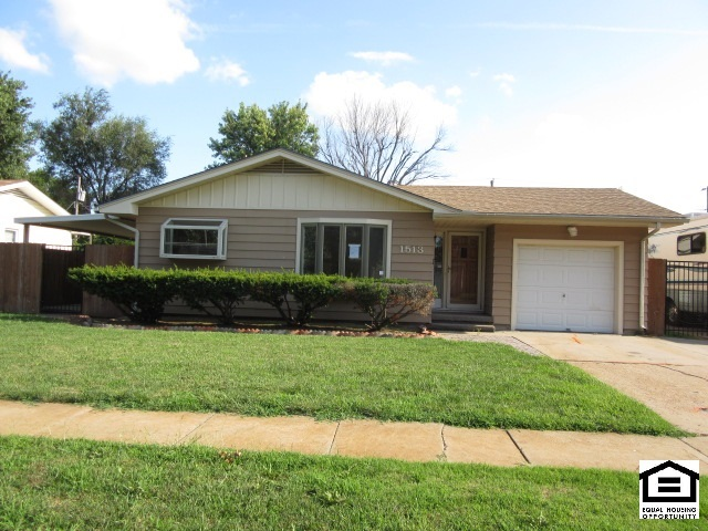 1513 W Lotus St, Wichita, KS 67213