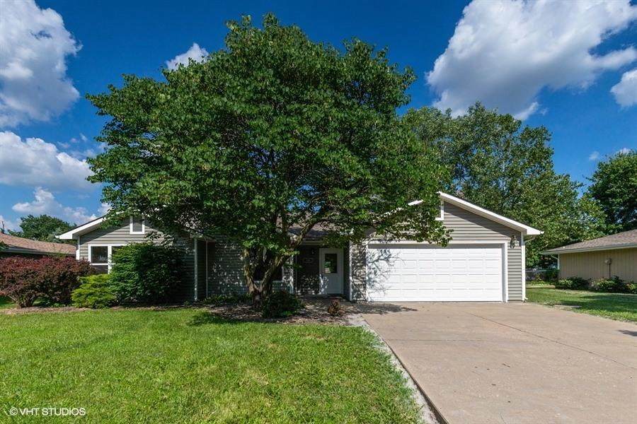 728 Gillespie Dr, Manhattan, KS, 66502