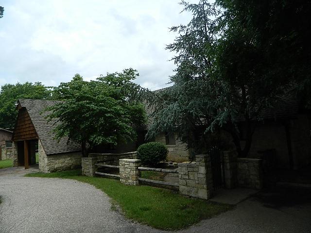 1905 Mound features 4 bedroom, 2 bathrooms ( 2/1 Up - 2/1 Main ); 2 car carport 2/ secure storage ar