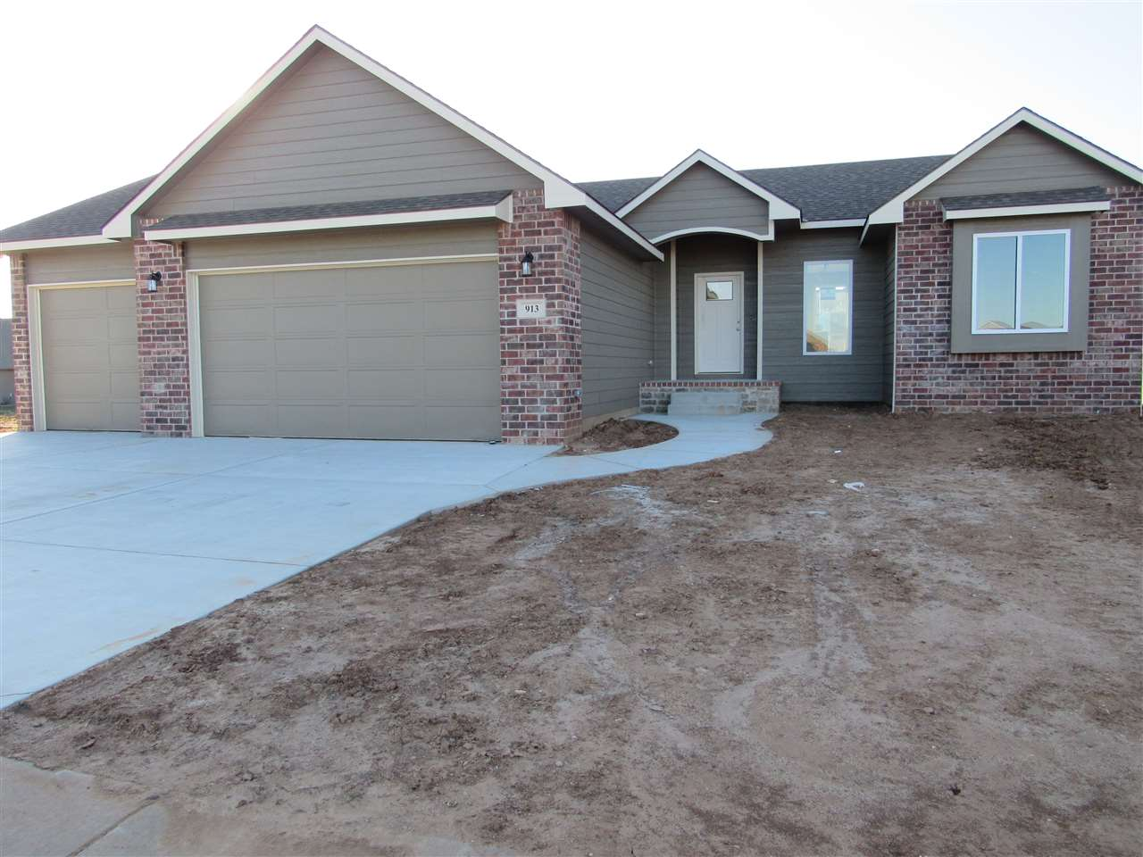 NOVEMBER SPECIAL; with acceptable offer Builder will add Sprinkler system Well, Privacy fence and So