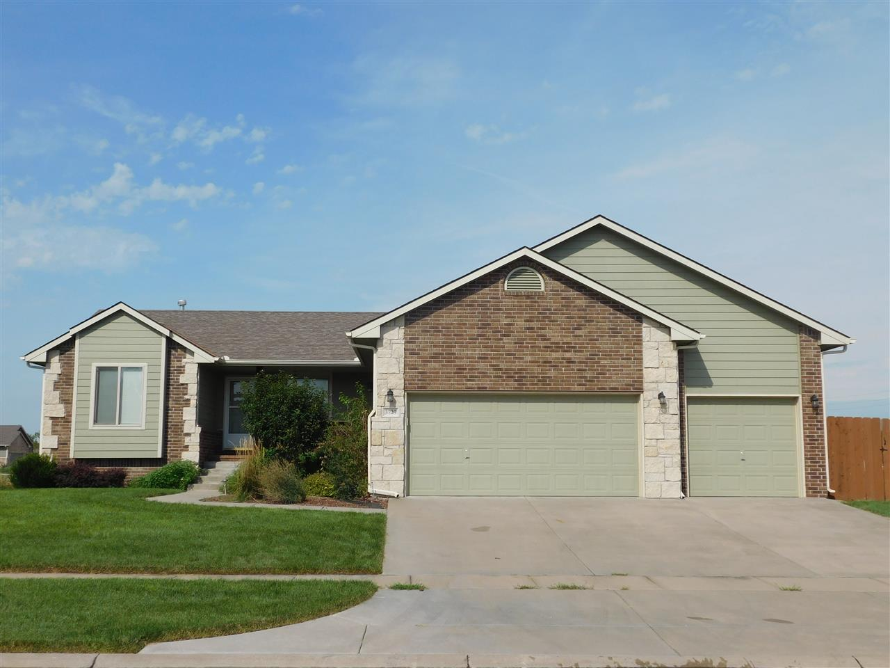 3727 N Pepper Rdg, Wichita, KS, 67205