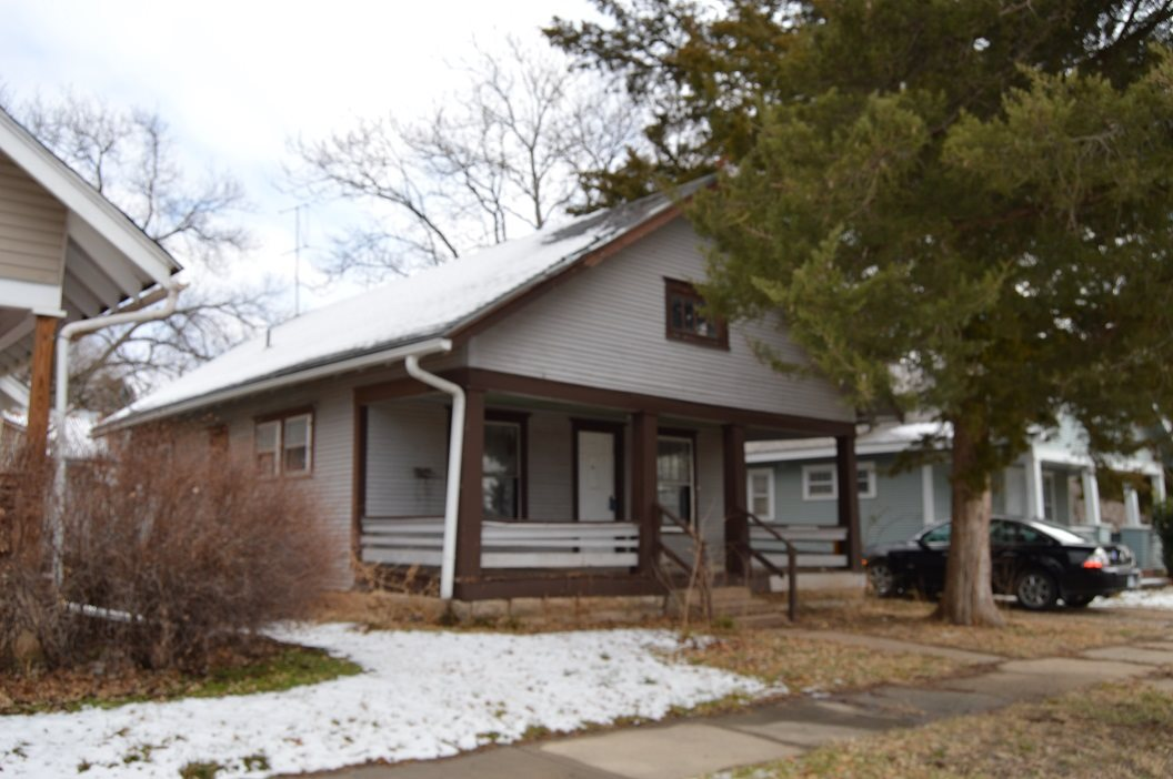"Adorable two bed one bath home across the street from the library. With some sweat equity, it could be a perfect starter home or a wise rental! El Dorado has a home revitalization program that offers quite a few incentives! Owners also own 719 N Washington, 717 N Washington, 802 S Taylor, 125 Alleghany, 711 W Cave Springs, and 314 W 3rd. SOLD ""AS IS WHERE IS"" This house may need everything. Information deemed reliable but not guaranteed"
