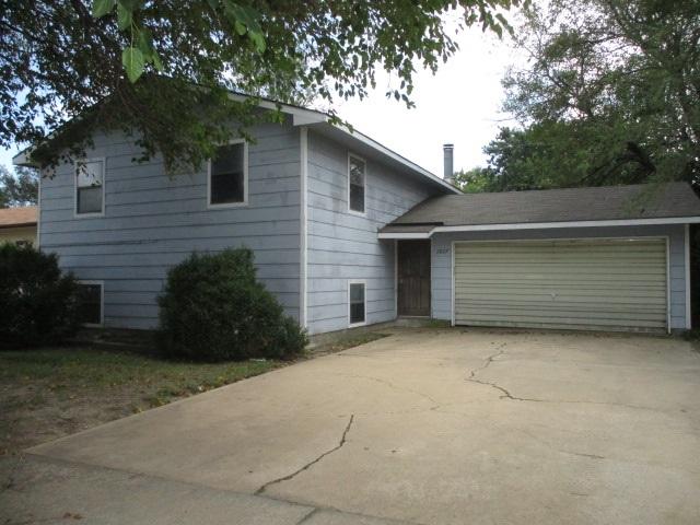 2827 W DALLAS Ave, Wichita, KS, 67217