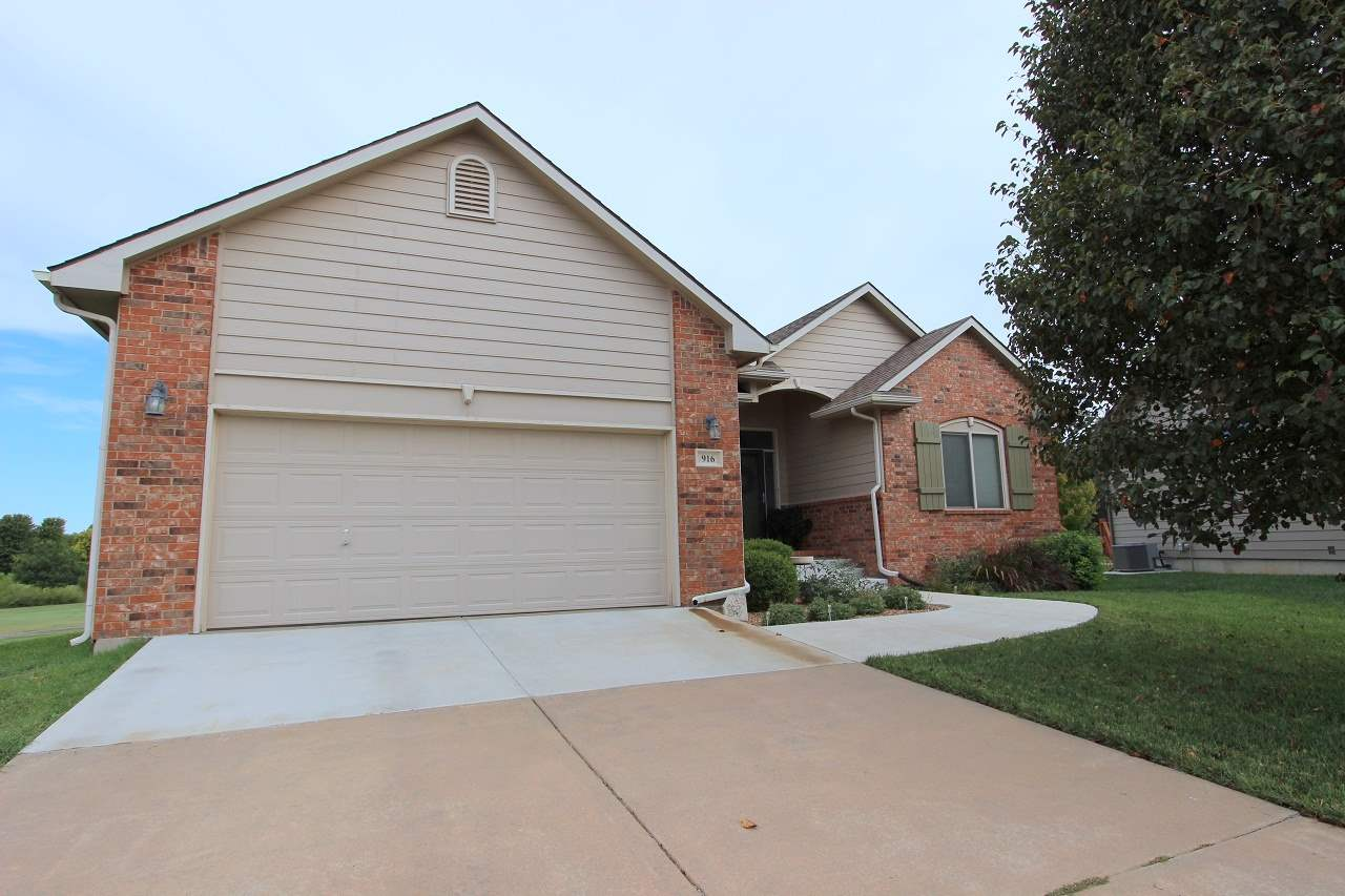This cozy ranch-style 3 bedroom, 3 bathroom, 2 car garage beauty is located in a cul-du-sac on a lot