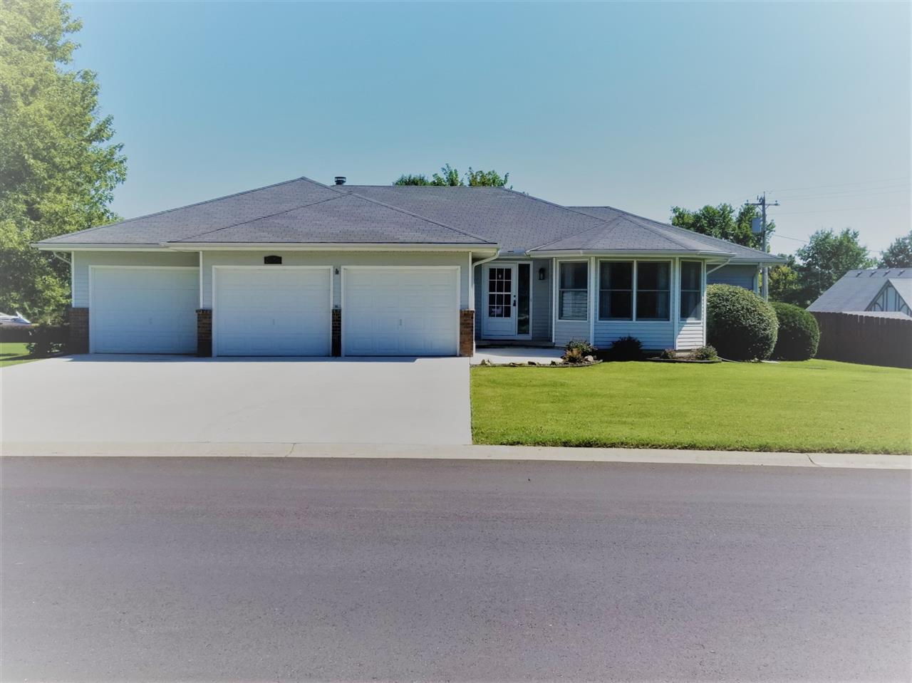 Welcome home!! This home has pride of ownership and it shows.  Open floor plan with split bedroom pl