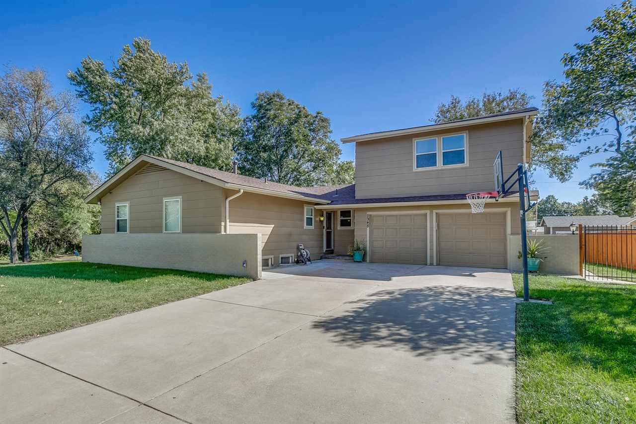 2948 N Holyoke St, Wichita, KS, 67220
