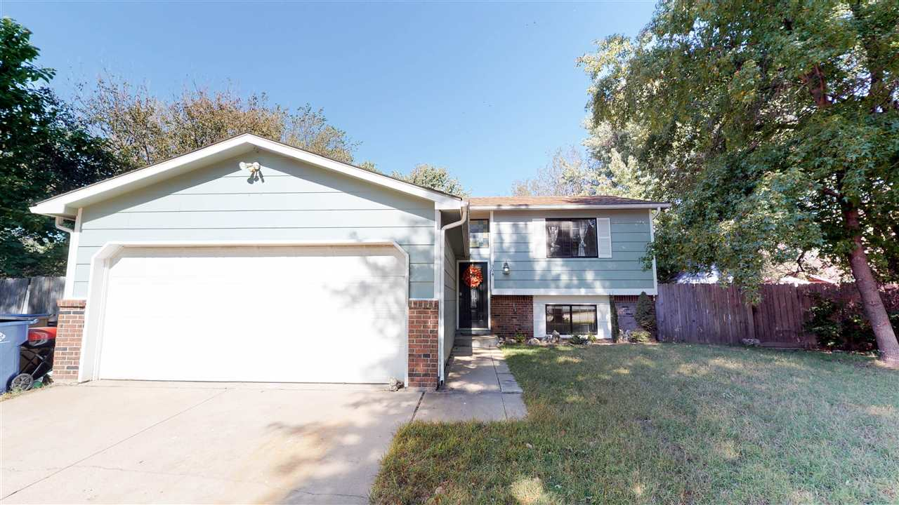 304 E MAYWOOD St, Wichita, KS, 67216