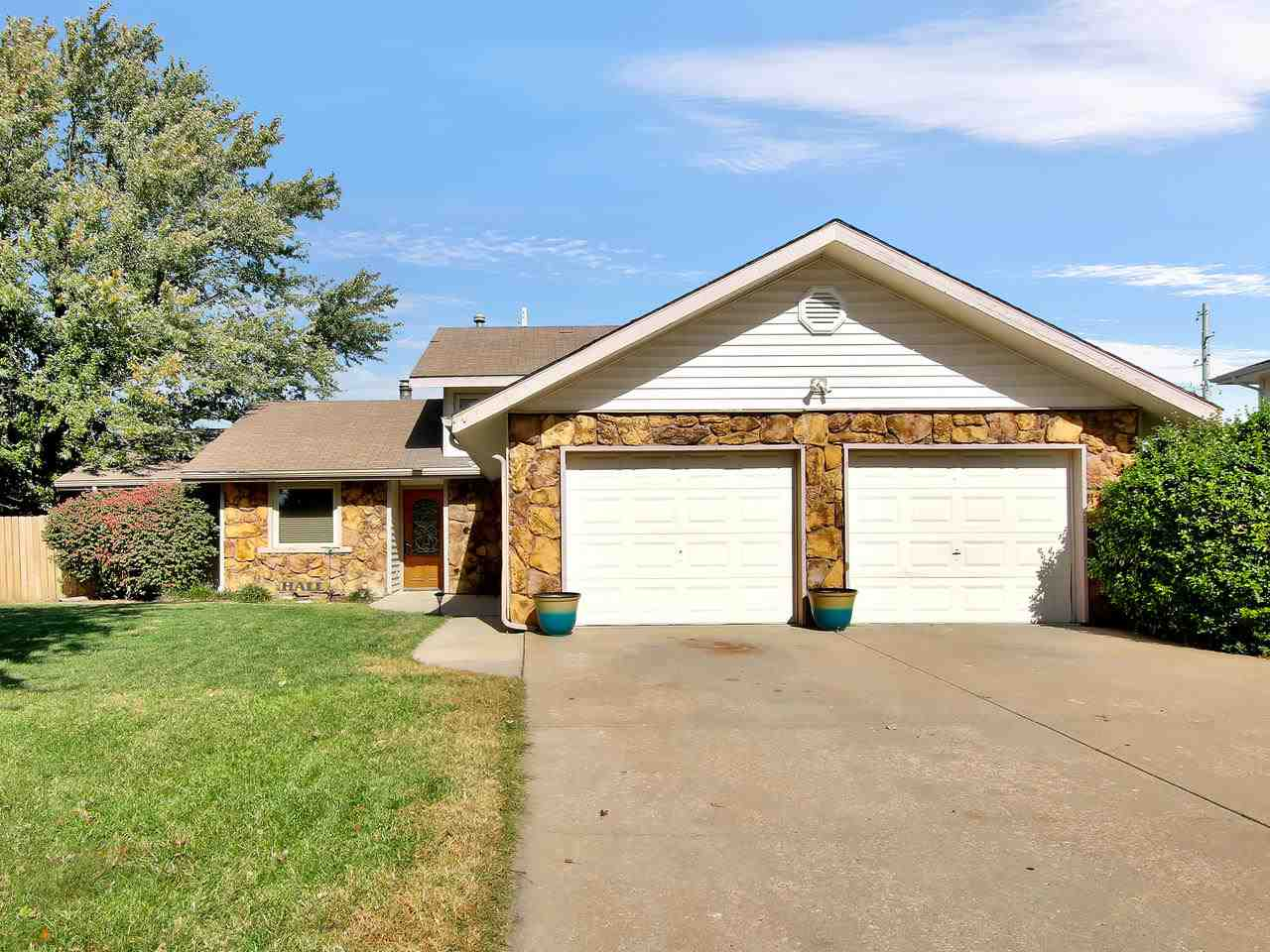 Desirable Andover Living!  This Tri-Level Home offers 3BR, 2.5BA with Office.  Spacious Living Room
