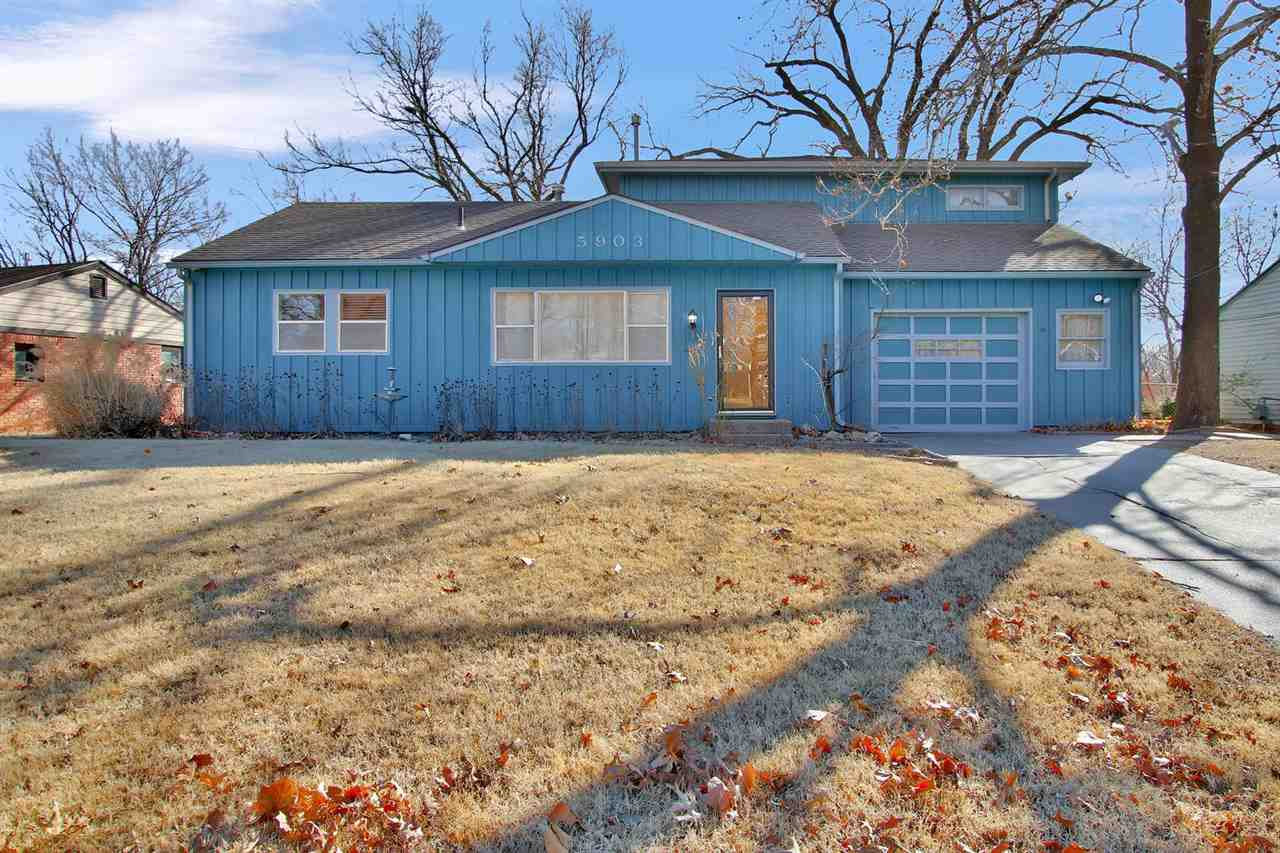 Super neat home in quiet area.  Hardwood floors, formal dining, 3 bedrooms and 3 baths!  Tons of open room in a great location.