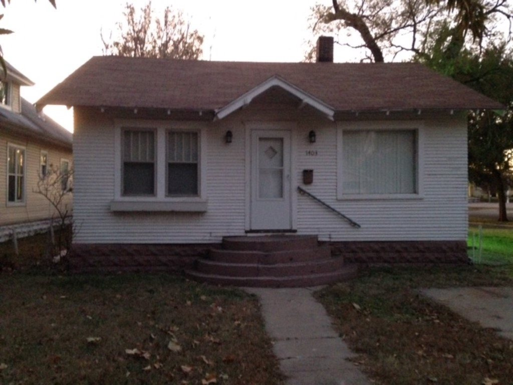 New lower price on this cute two bedroom home just south of downtown Wichita. Currently a rental but would also make a nice starter home. Presently rented for $600 per month.