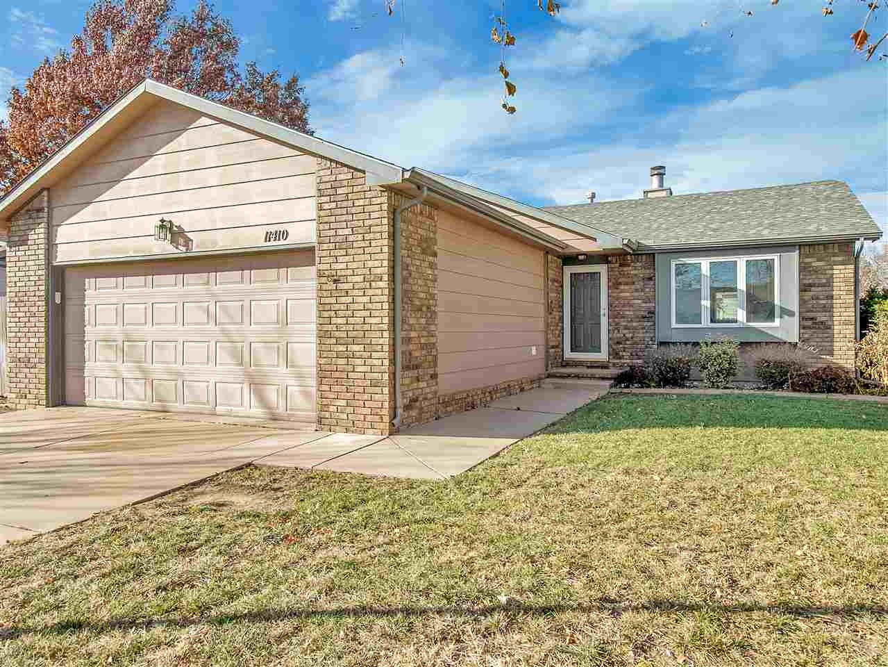 GREAT STARTER HOME IN NORTH WEST WICHITA.  FEATURES 3 BEDROOM, 2 BATH, 2 CAR GARAGE, WITH PRIVACY FE