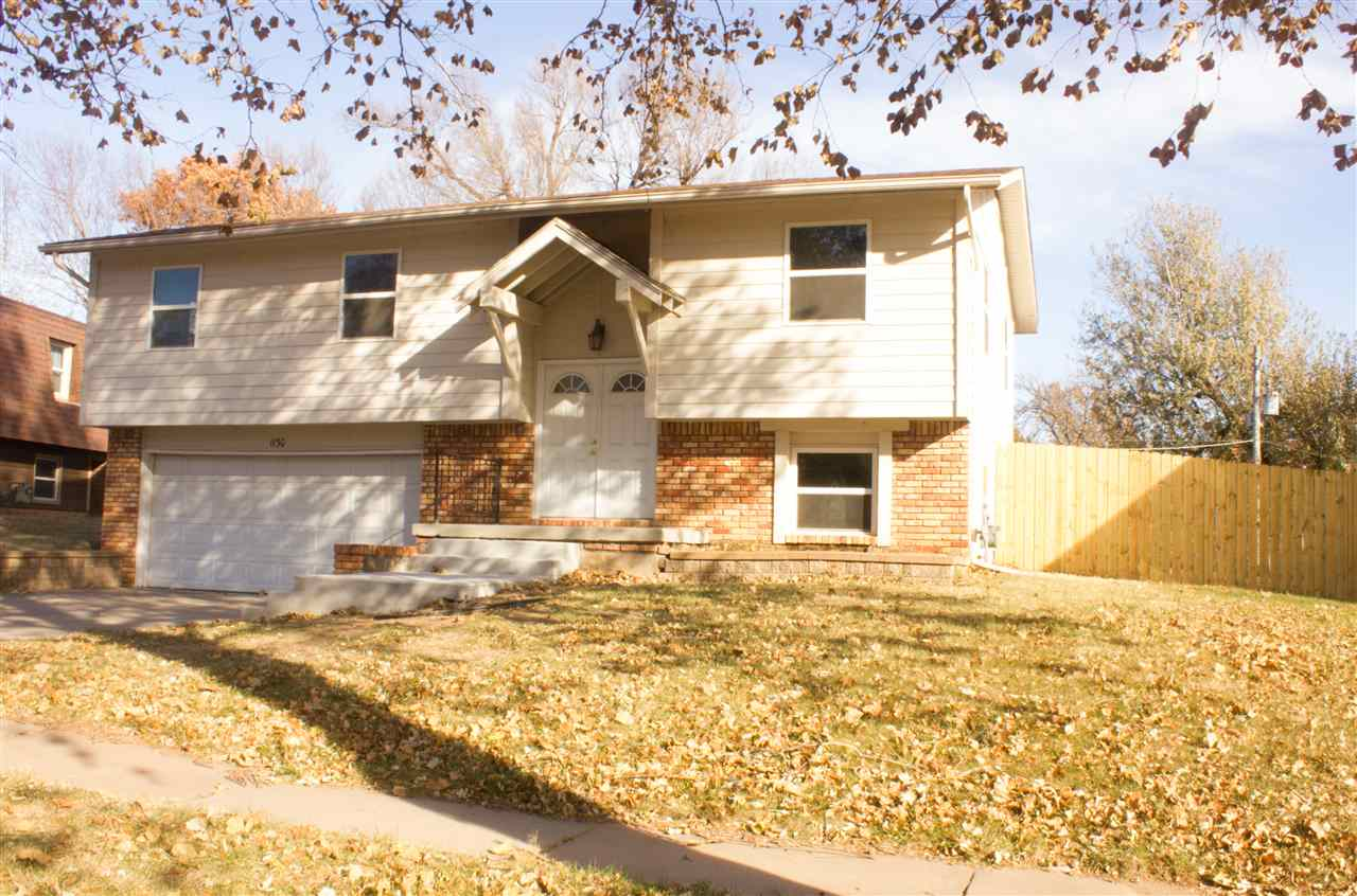 Turn Key Ready!  This trendy 3 bedroom home features newer carpet, subway backsplash tile, kitchen s
