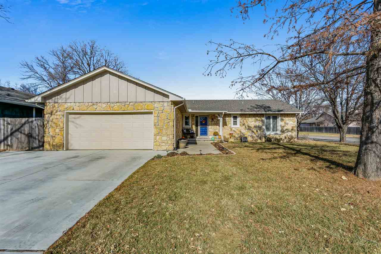 8630 E Longlake St, Wichita, KS, 67207