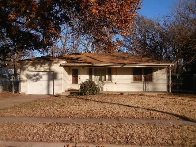 Outstanding 4 bedroom, 2 bath ranch on short half acre.  Great access to I-235 bypass, shopping, sch