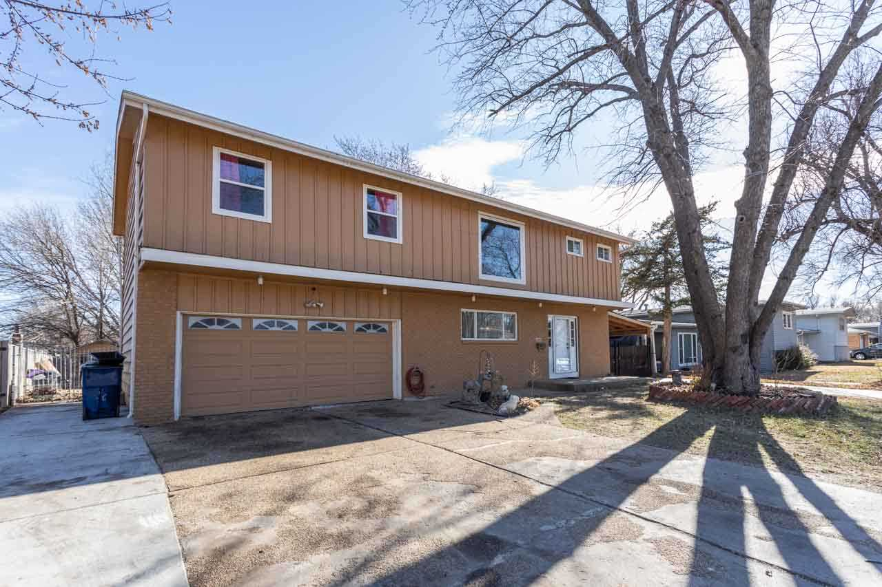 2000 N Joann St, Wichita, KS, 67203-1111