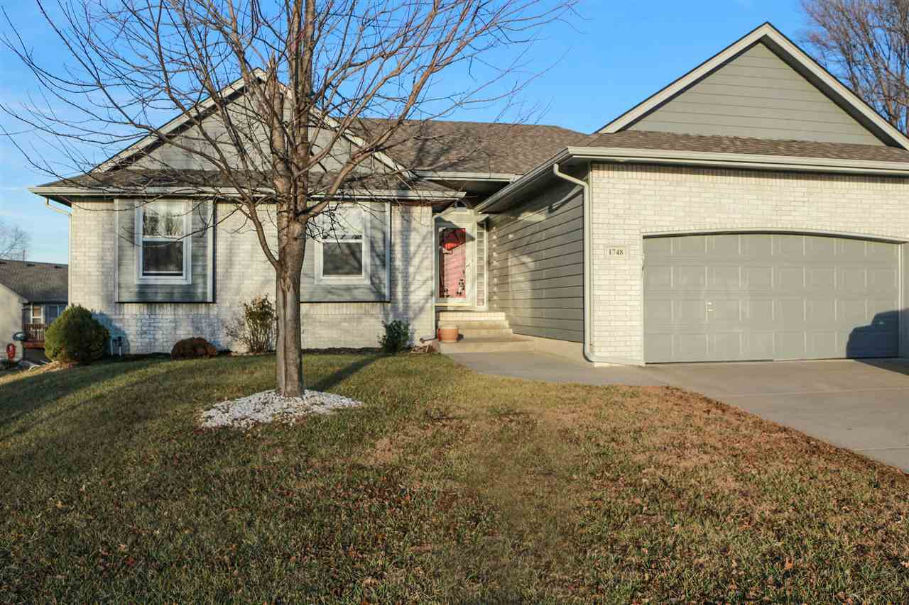 Don't miss out on this lovely home that sits on a cul-de-sac with a great sized yard!  The home boas