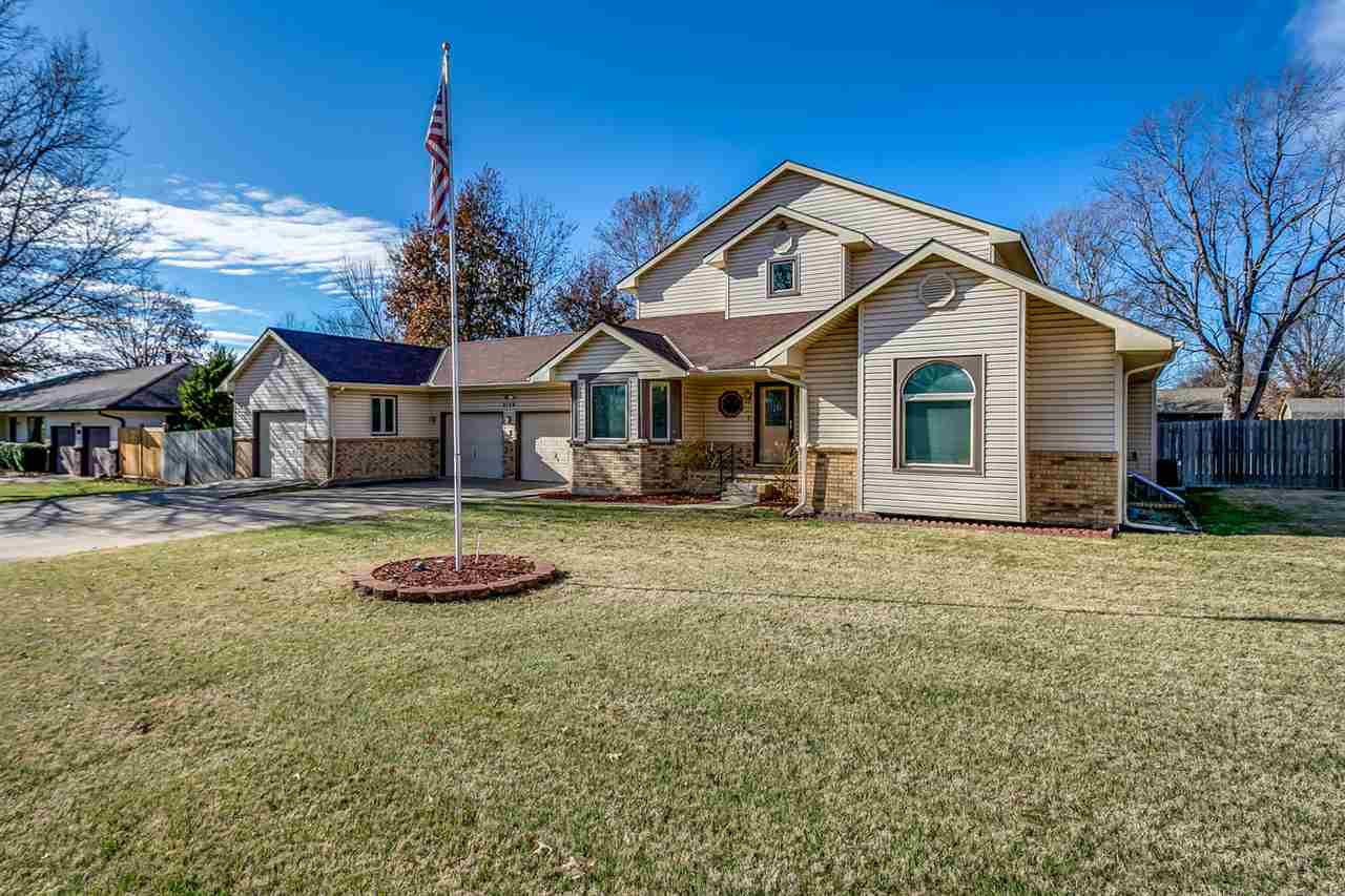 2109 MOUND St, Winfield, KS, 67156