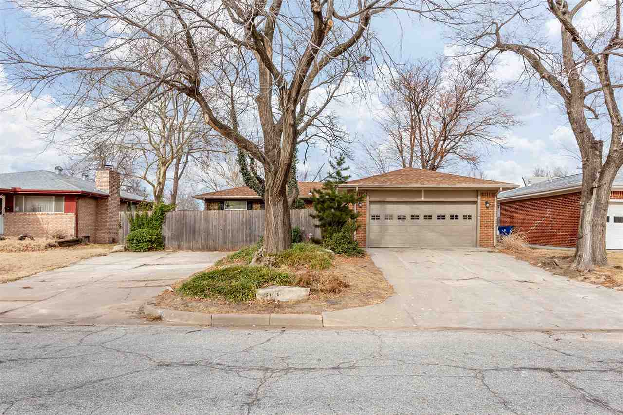 Come see this fantastic 3 bedroom home in southeast Wichita! With tons of updates, a great layout, a
