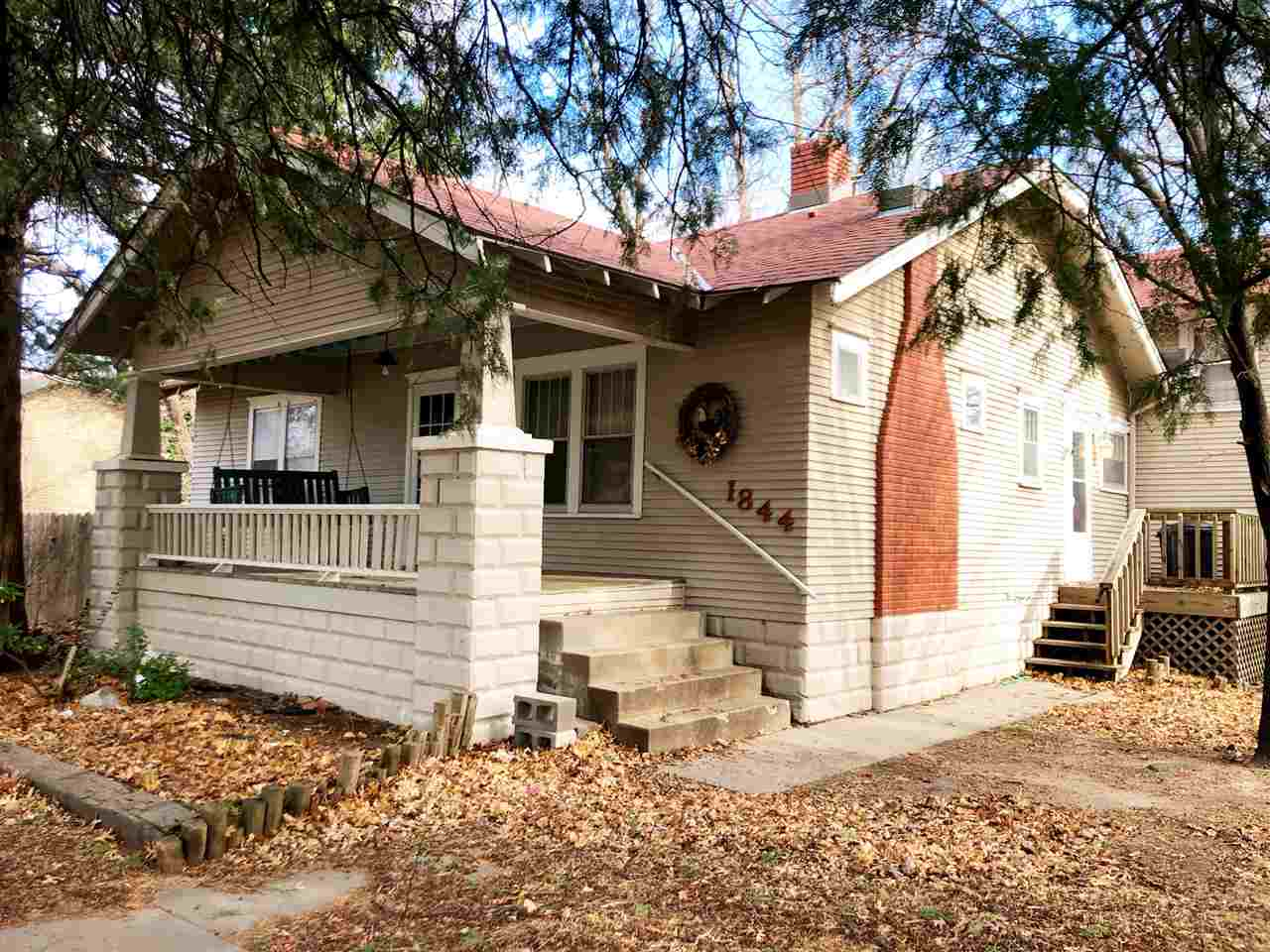 Priced over $19,000.00 below county tax value.  Investor special or perfect opportunity for a first