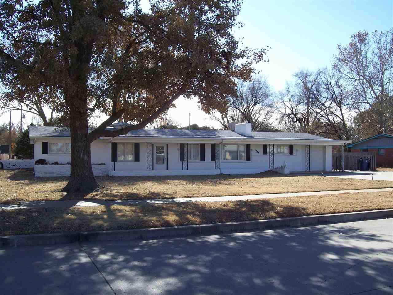 Estate sale Dec. 6th & 7th. No showing until Sunday Dec. 8th. 1839 sq ft. brick ranch on short half