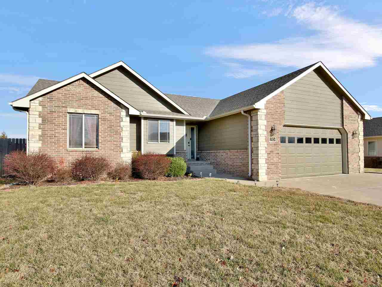 Make yourself at home here in Springdale Lakes. This beautiful home has all the desired upgrades off
