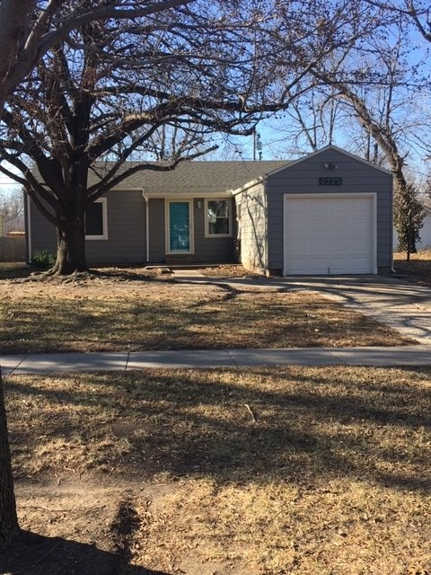 Updated 2 bedroom, 1 bath, 1 car garage and fenced backyard.  New carpet, new paint inside and out.