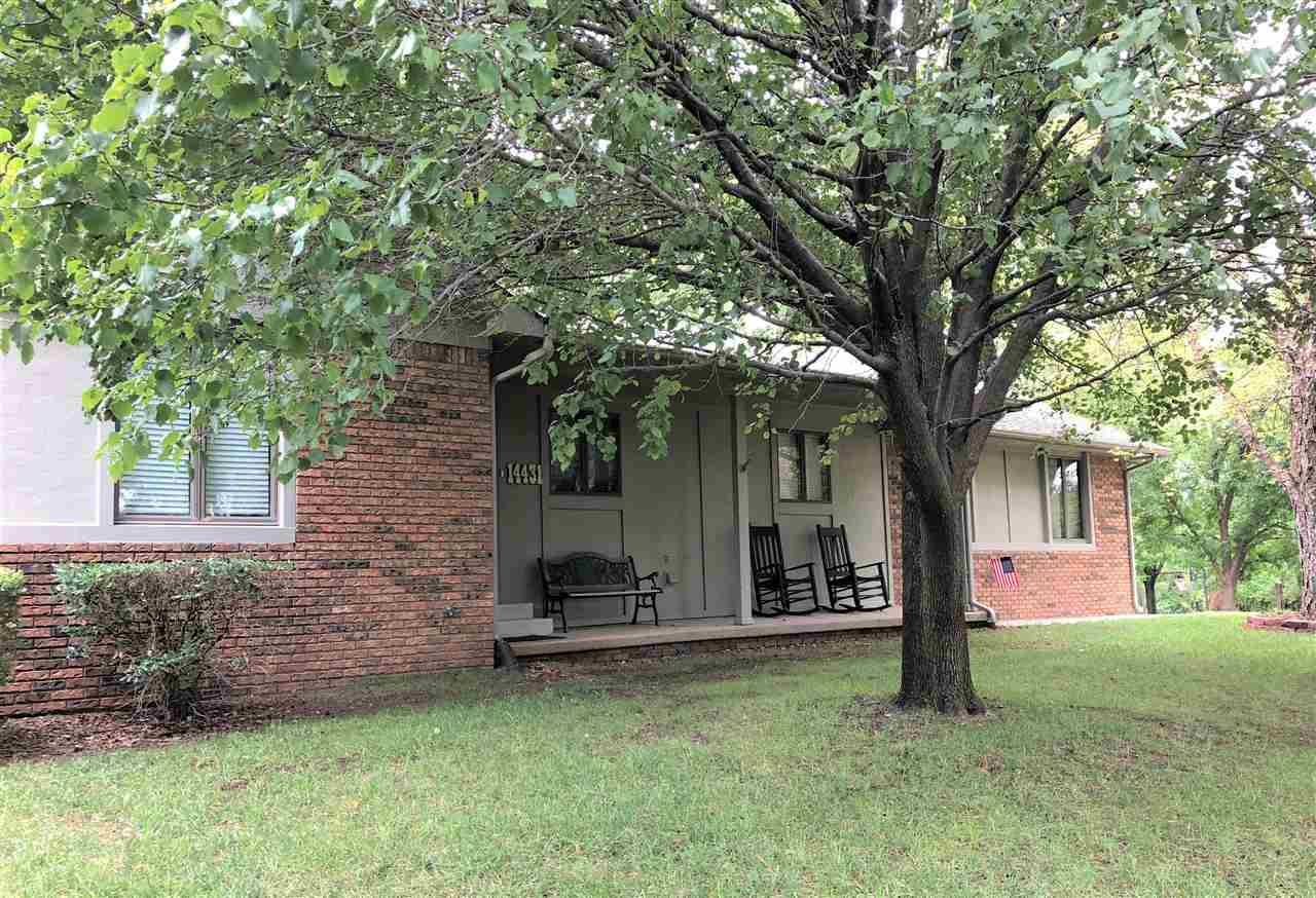 This is a good one.  Beautifully maintained, pristine ranch, sitting on over a 1/2 acre lot, boastin