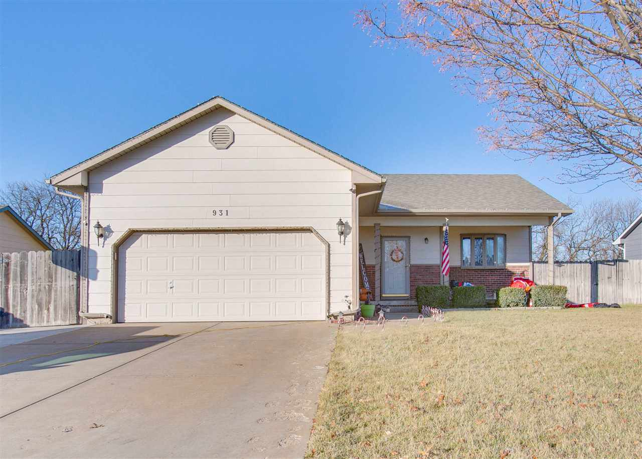If you are looking for the perfect house in Valley Center, you can stop looking...you just found it!