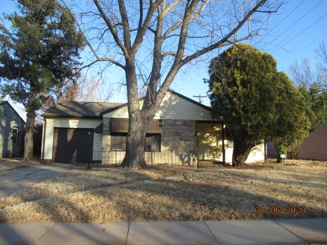 Awesome Investment Opportunity!!! 3 Bedrooms! 1 Baths! Split bedroom plan. Just a easy flip property