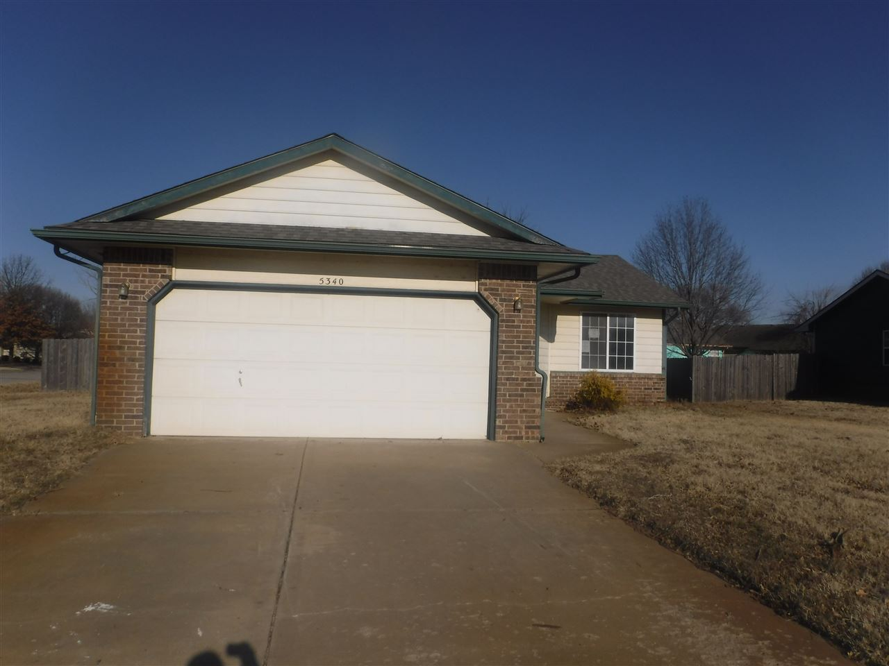 Located very close to some of some of Wichita's largest employers this home is ideal for anyone work