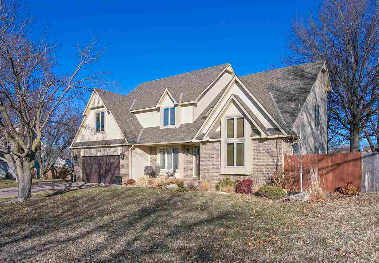 Welcome to this 4 bedroom, 3 1/2 bathroom, 3200+ sq ft home that is perfect for a large or growing f