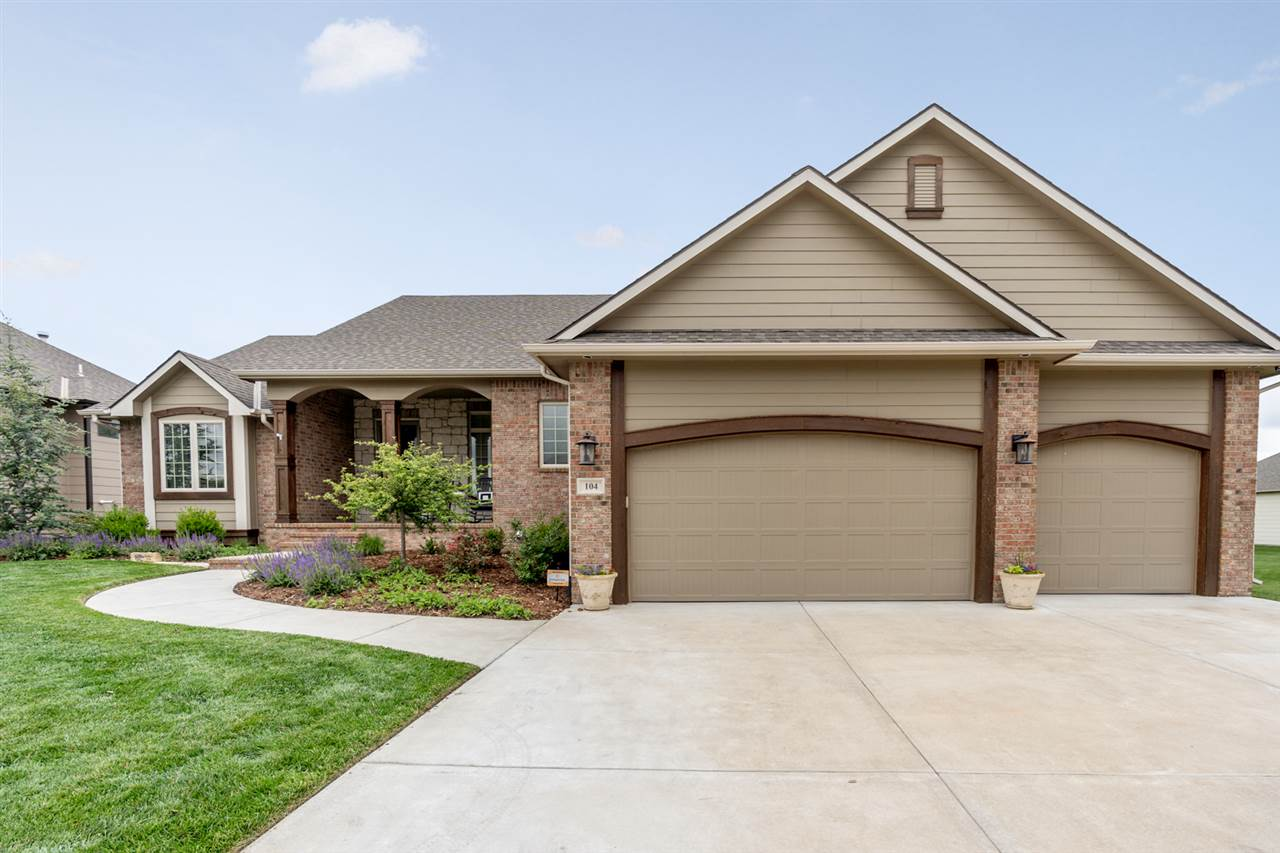 Beautiful home in Auburn Hills The Woods!  Custom Built ranch home by Craig Pate. This home features