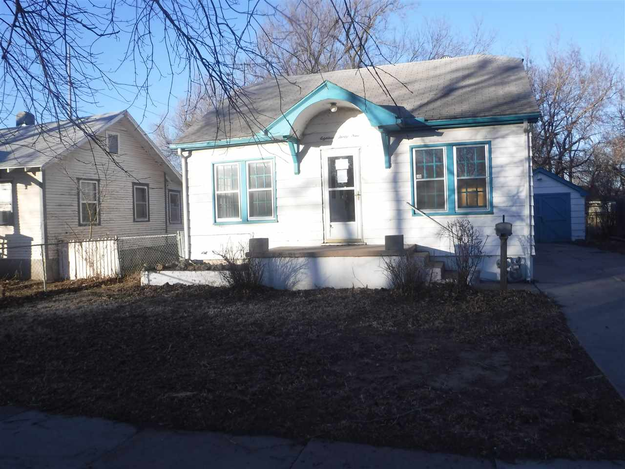 Great starter or downsize home.  Listed with lots of value.  This home is very close to I-135 so wor