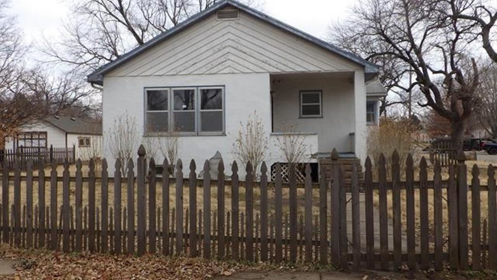 This 69 yea old bungalow home is your perfect opportunity as a first home. Ample room for your comfo