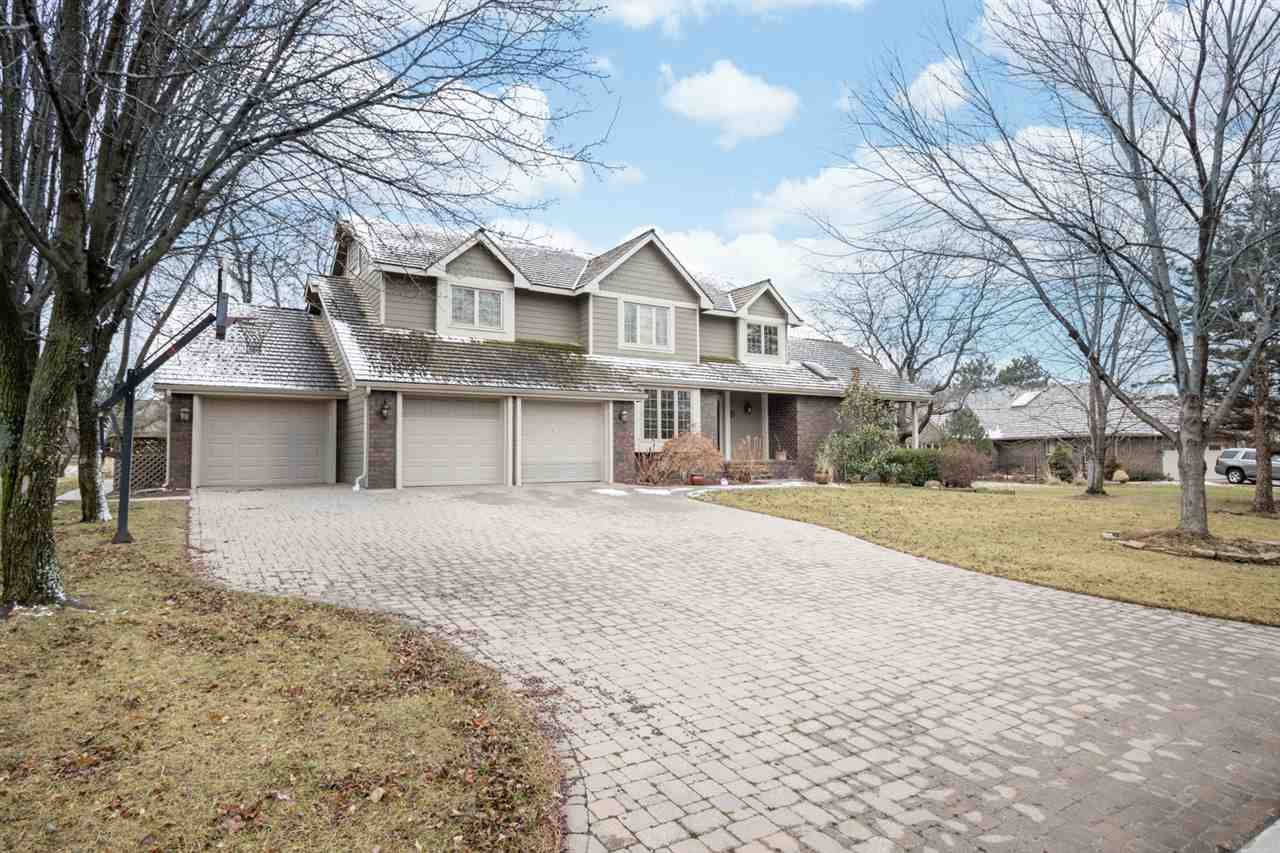 This well constructed and maintained 5 bed, 4.5 bath home is located on a quiet cul de sac in the ba