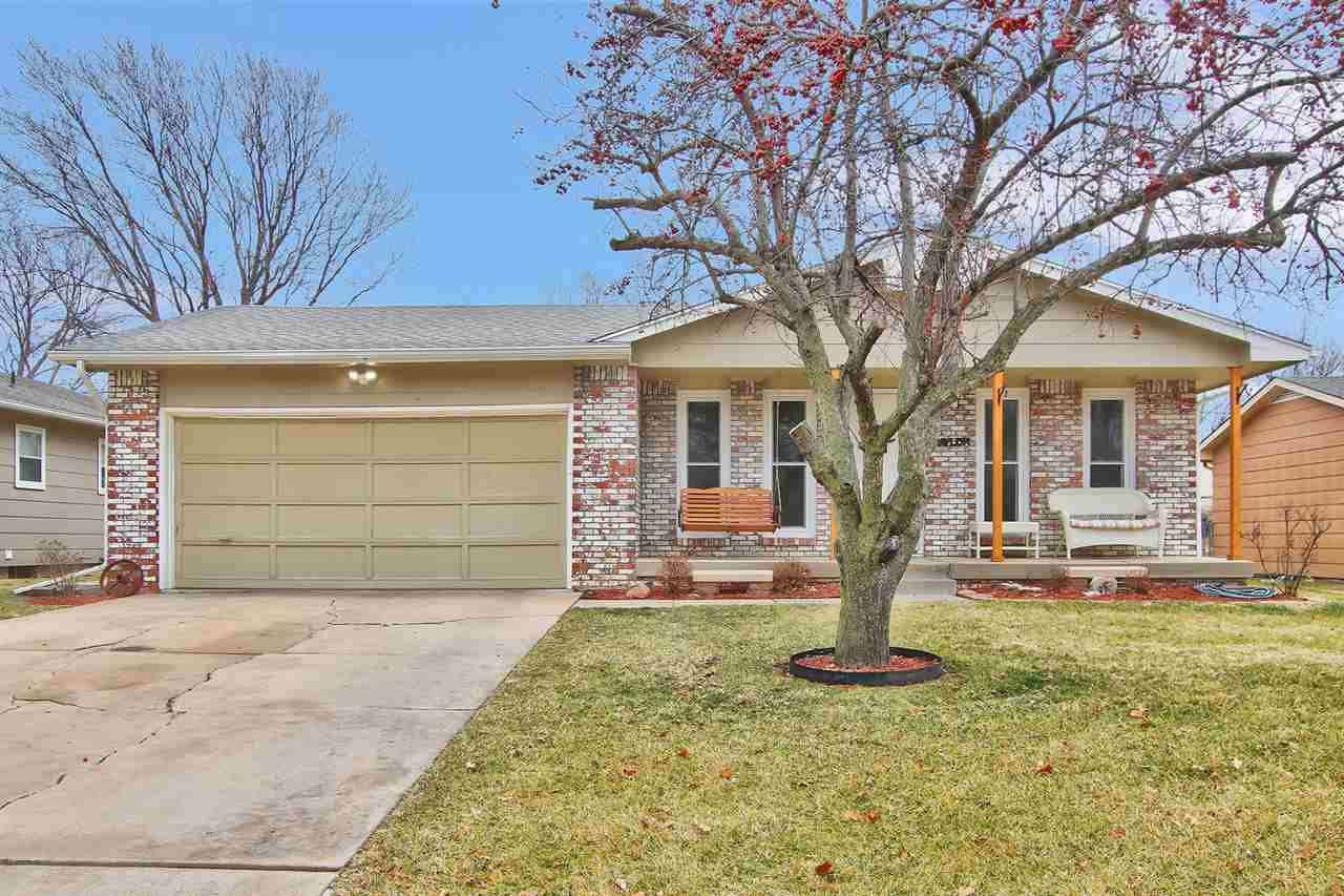 Welcome Home! This 3 bed, 1.5 bath home with 2 car attached garage is ready for you! As you enter th