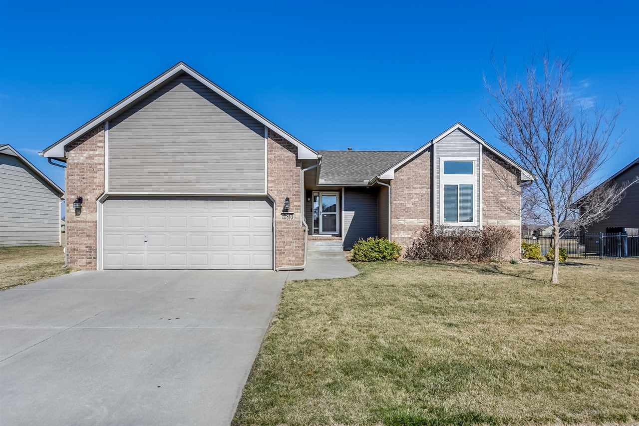 Great family home located in Hampton Lakes!  Maize Schools and specials are almost paid off!  This 5