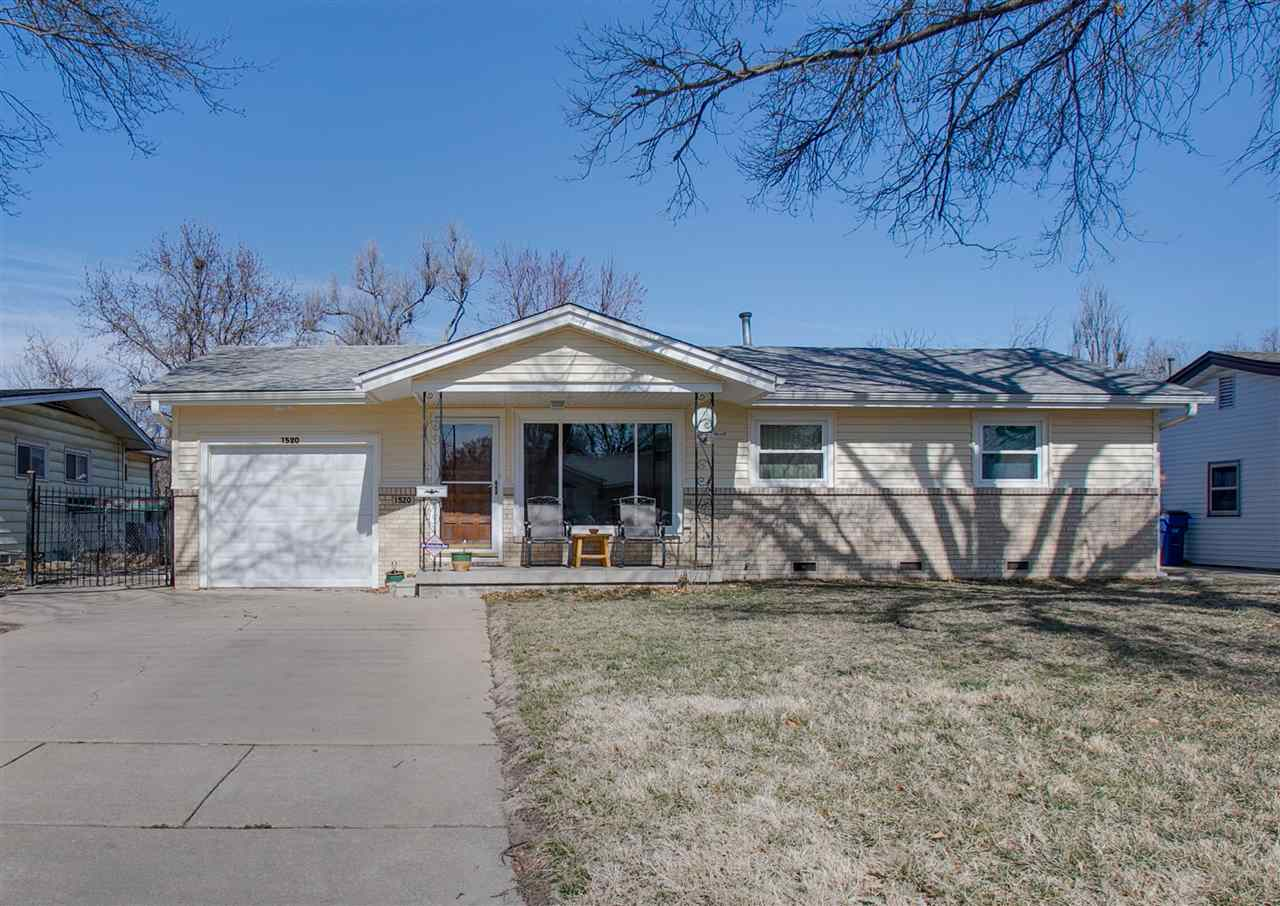 Check out this cute ranch. This home is move in ready and waiting for you. This home offers lots of