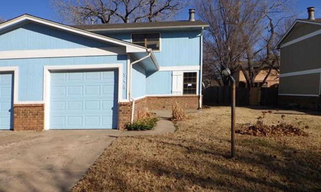 Affordable town-home is ready for your updates. This 2 bed 2 bath home was built in 1976 and is n ne
