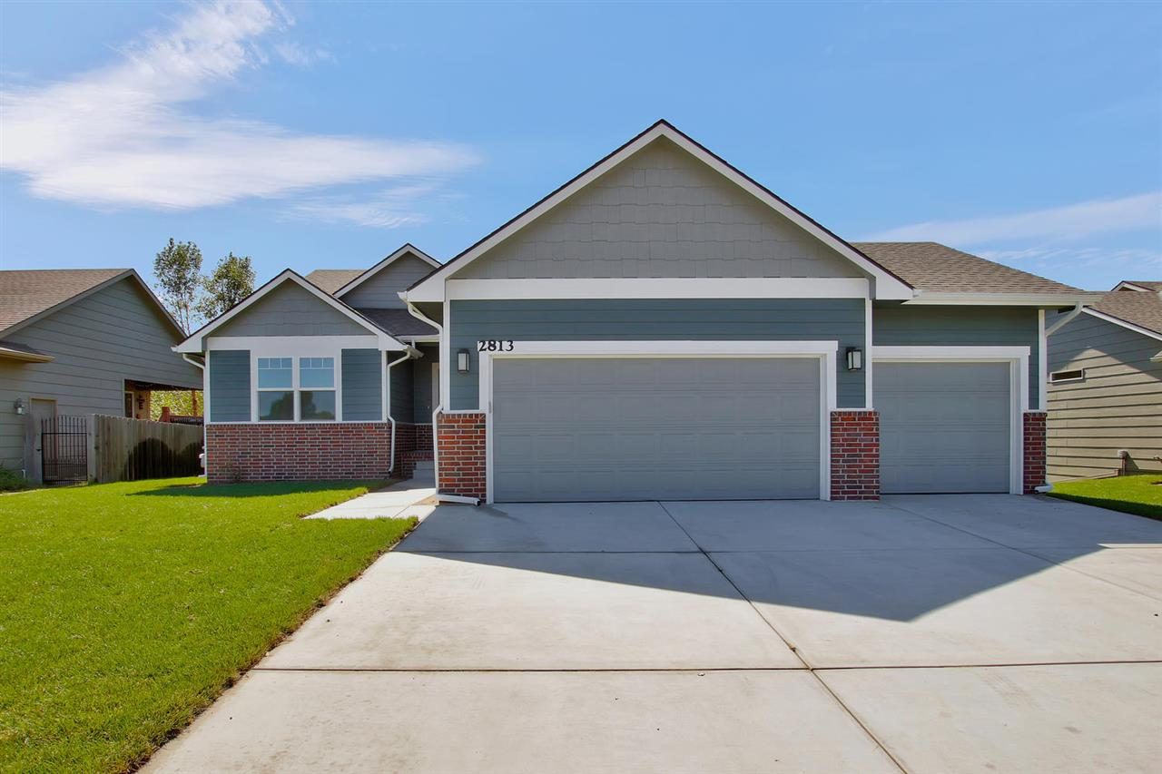 """Another beautiful home built by CMC New Homes in Southern Ridge. The """"Newfield"""" has 4 bedrooms, 3 ba"""
