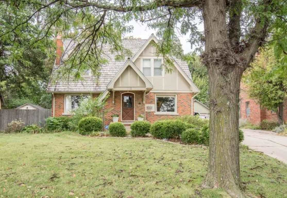 Two story Tudor style home located right behind Lincoln Village in College Hill. Kitchen has stainle