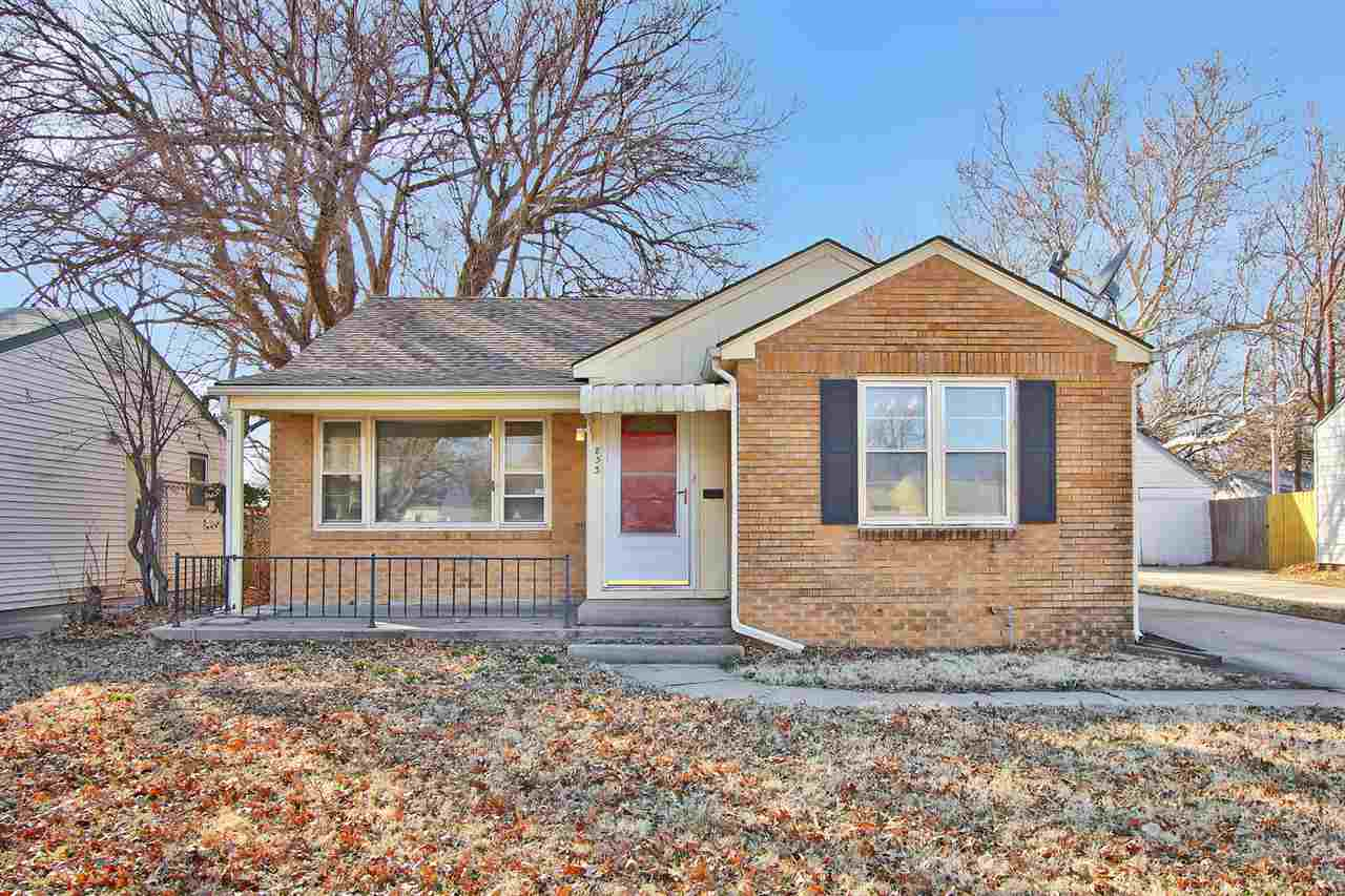 Cute 2 bedroom, 1 bath home with over 1300 SF of living space!  Spacious bedrooms!  One car detached